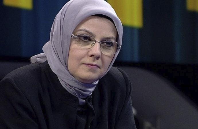 """Ayşe Böhürler'den """"toplumsal cinsiyet"""" savunması"""