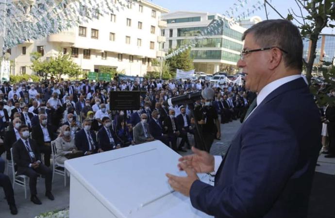 Davutoğlu: Gelecek Partisi bir sonraki seçimin iktidarı