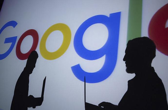 Google evden çalışma uygulamasını bir yıl uzattı