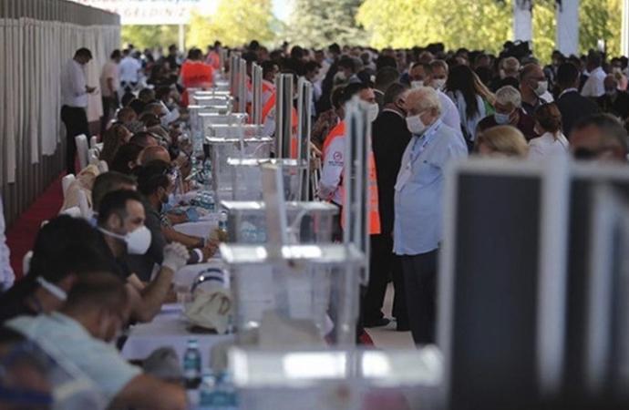 CHP'nin yeni parti yönetimi şekillendi