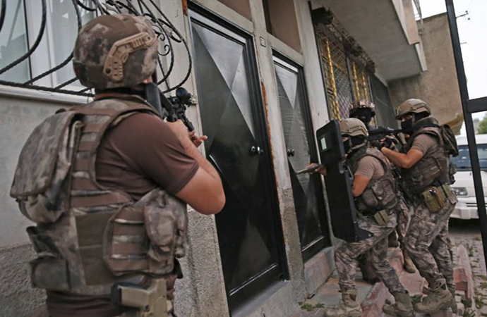 Yılbaşından bu yana Türkiye'de 176 çete çökertildi