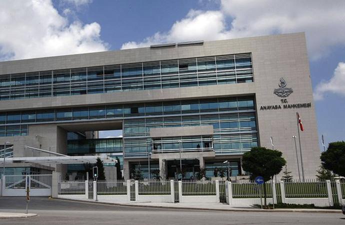 AYM'nin, 4 siyasi parti ile ilgili kararları Resmi Gazete'de