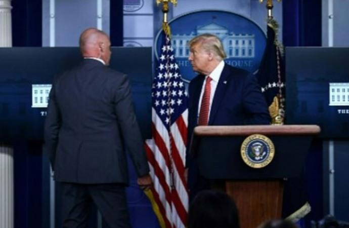Beyaz Saray'da panik