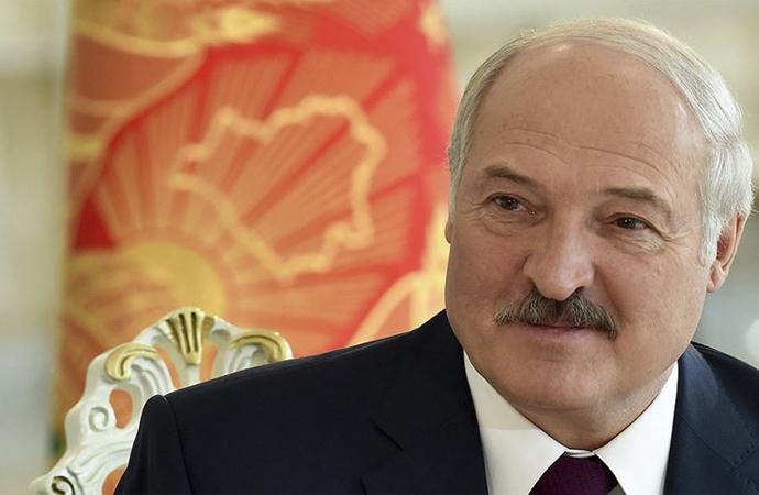 Lukaşenko'dan yeni taktik