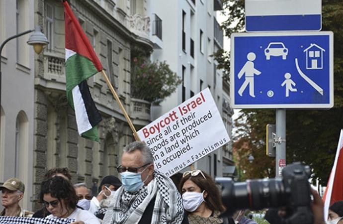 Avusturya'da İsrail ve ABD protesto edildi, boykot çağrısı yapıldı