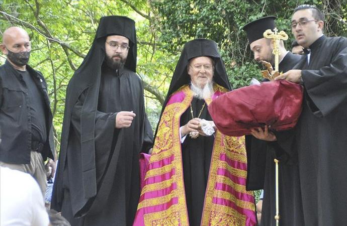 Bartholomeos, Erdek'te ayin yönetti