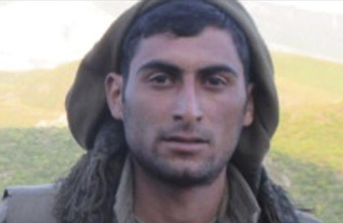 Bir milyon TL ödülle aranan PKK'lı örgütten kaçtı
