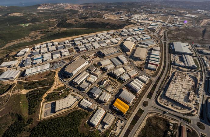 Açılışı yapılan 40 fabrika ile dışa bağımlılığın azalması bekleniyor