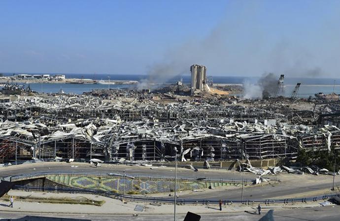 """Lübnan'dan """"Patlamanın sonuçlarıyla mücadele edecek ekonomik gücümüz yok"""" açıklaması"""