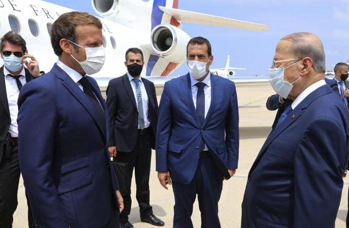 Macron, Lübnan'ın iç işlerine karıştığına yönelik eleştirileri reddetti