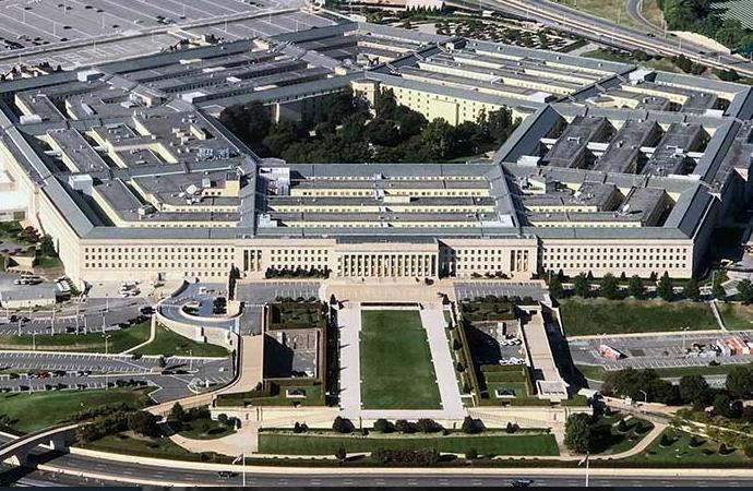 'Pentagon'un başındakiler savaştan başka bir şey istemiyor!'