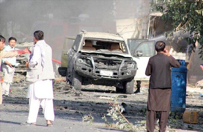 Afganistan Cumhurbaşkanı Yardımcısı Salih'in konvoyuna bombalı saldırı