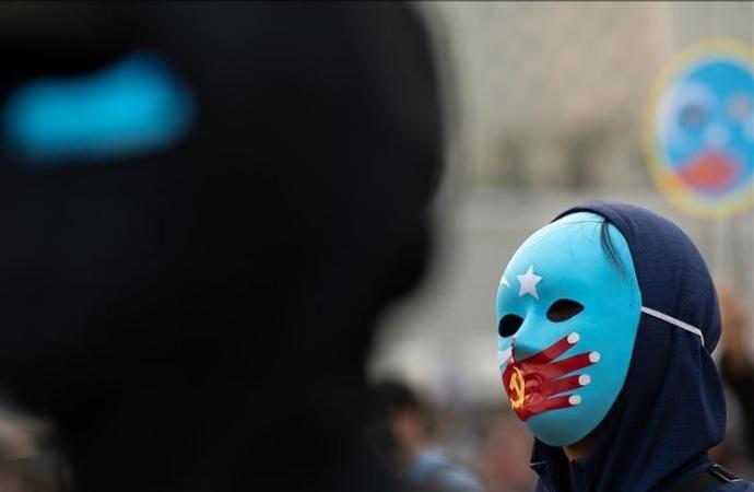 İngiliz milletvekilinden, Çin'in Uygurlara baskısına tepki