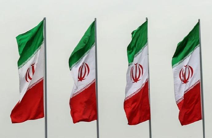 İran, İngiltere'den Şah zamanından kalma borcunu 'süratle' ödemesini istedi