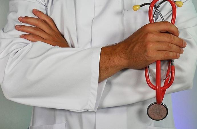Türkiye'de en itibar gören meslek doktorluk