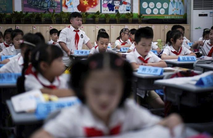 Çin'de ilkokul öğretmeni, 10 yaşındaki öğrencisini döverek öldürdü