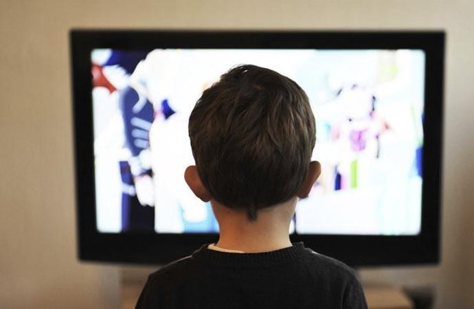 Çocuklar için 'dijital mesafe' uyarısı