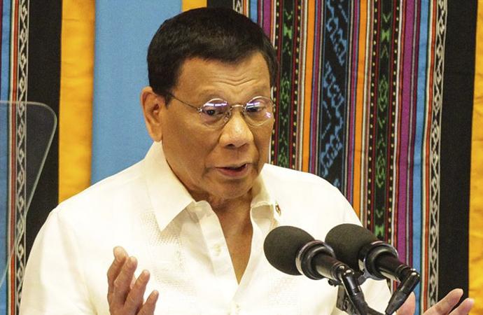 Duterte: Covid aşısı küresel bir kamu malı olmalı