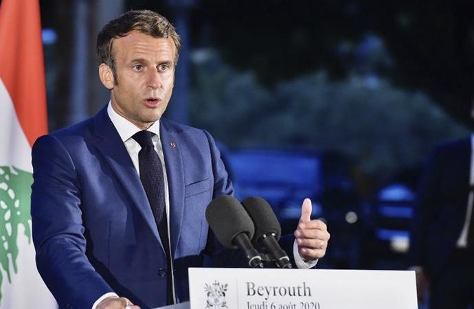 Fransa cumhurbaşkanı, Lübnanlı siyasetçileri 'ihanetle' suçladı
