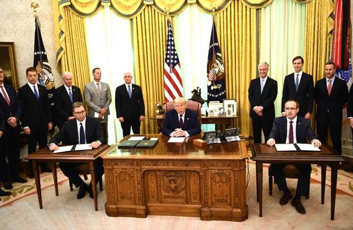 Sırbistan Cumhurbaşkanı ve Kosova Başbakanı Oval ofiste