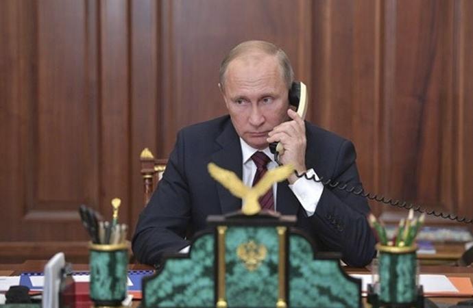 Putin kameralar önünde Paşinyan'ı reddetti