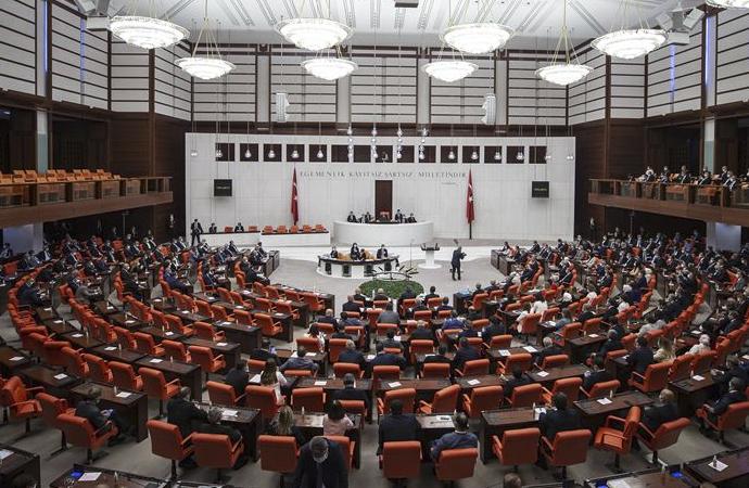 Mali ve Orta Afrika'da Türk askerinin süresi uzatıldı