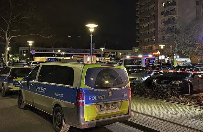Almanya'da aşırı sağcı personel skandalı!