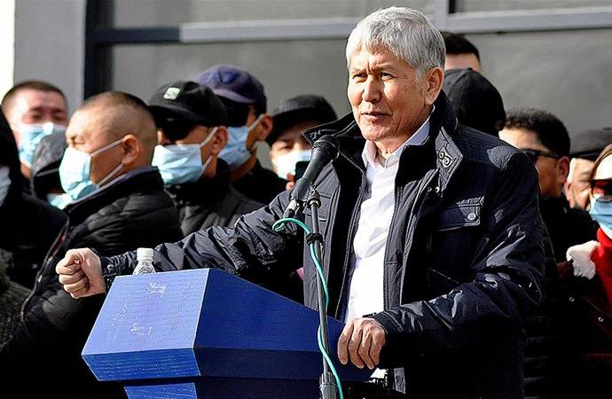 Eski Cumhurbaşkanı Atambayev ve destekçileri gözaltına alındı