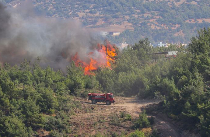 """Hatay'daki yangınlarda """"çok ciddi kasıt şüphesi"""" var"""