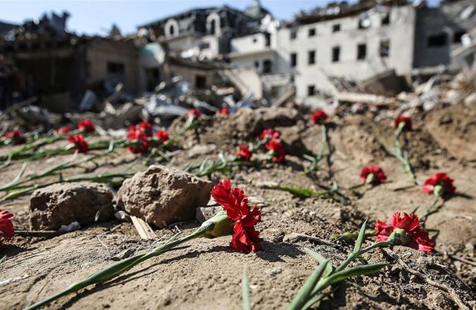 Ermenistan saldırılarında hayatını kaybeden Azeri sivillerin sayısı 43'e yükseldi