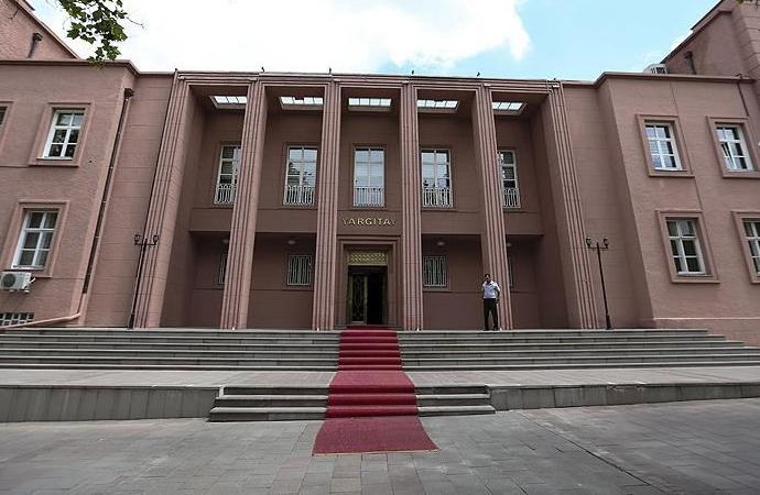 Yargıtay, eski yüksek yargıçlara Fetö'den verilen hapis cezalarını onadı