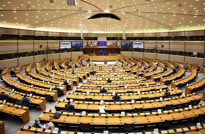 Avrupa Parlamentosu oturumu Strasbourg yerine yine Brüksel'de