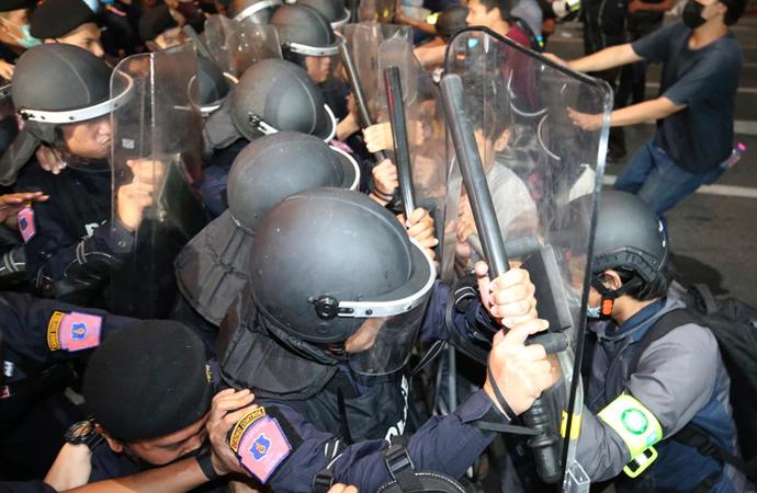 Tayland'da gösteriler