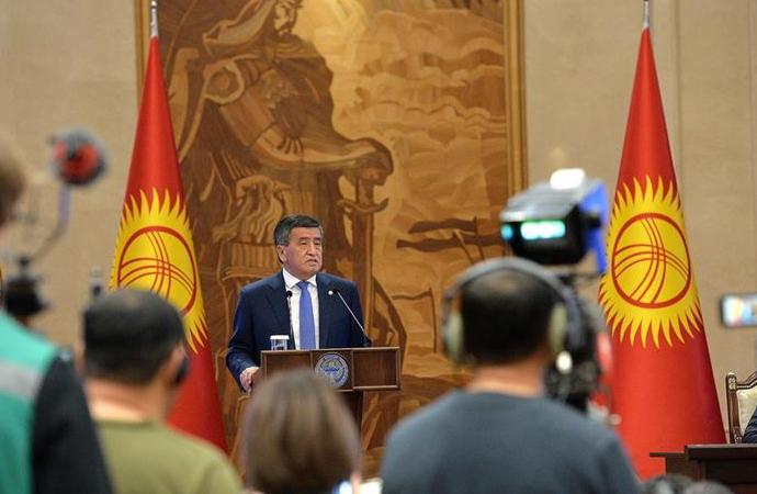 Kırgızistan'daki siyasi kriz