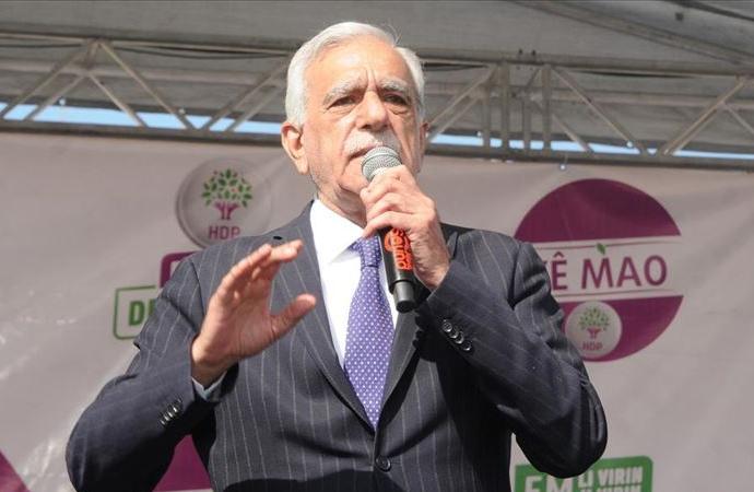 Ahmet Türk adli kontrolle serbest bırakıldı