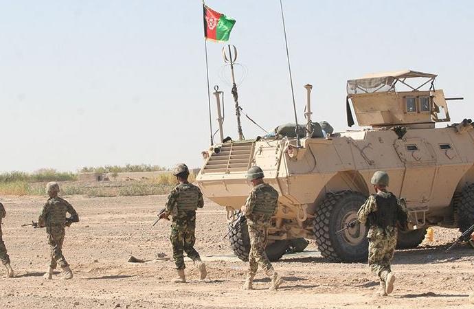 Taliban, Afgan hükümet güçlerini pusuya düşürdü: 25 ölü