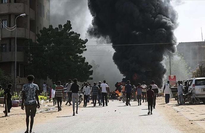 Sudan'daki gösterilerde polisin müdahalesi sonucu 1 kişi öldü