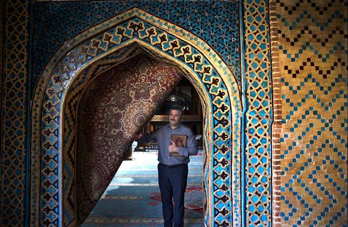 Hayranlık uyandıran 700 yıllık tarihi cami: Eşrefoğlu camii