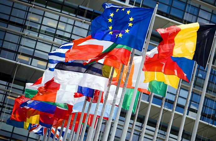 Avrupa'dan Arakanlı Müslümanlara 96 milyon avro destek