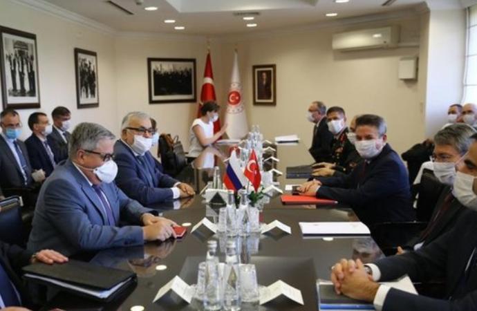 Türk ve Rus heyetleri Moskova'da, Libya ile Suriye'yi görüştü