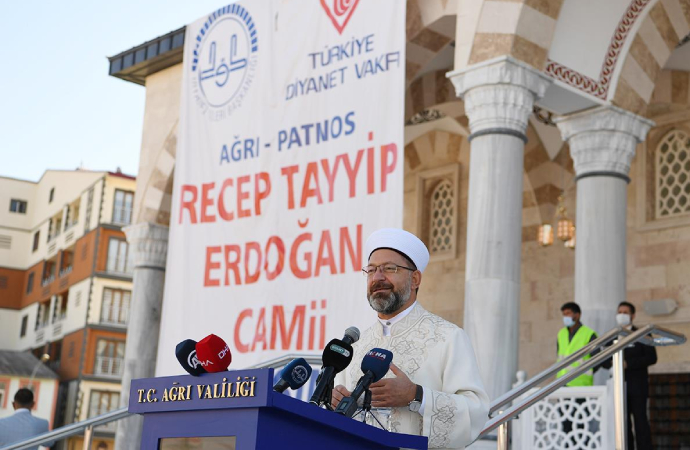 Recep Tayyip Erdoğan adı verilen caminin açılışı yapıldı