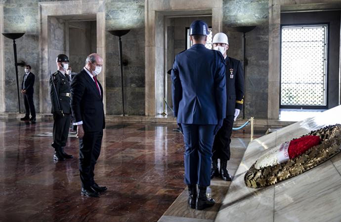 KKTC cumhurbaşkanı seçilen Ersin Tatar, Anıtkabir'de