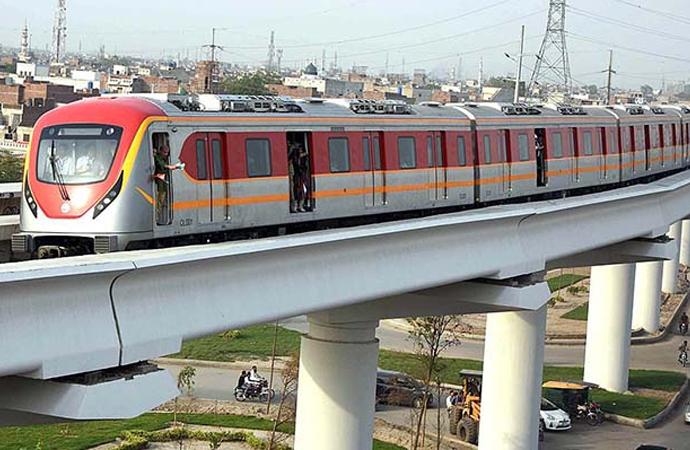 Pakistan'ın ilk metro hattının açılışına Çin'den tebrik