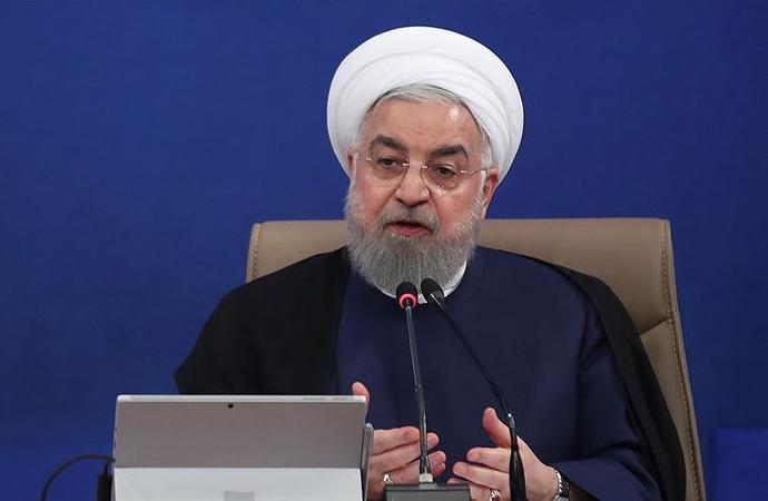 Ruhani: Eğer doğru söylüyorlarsa Müslümanların iç işlerine müdahaleden vazgeçsinler