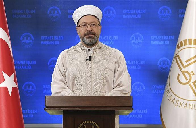 Ali Erbaş: Peygamberimizin sünneti çerçevesinde söz ve davranışlarımızı gözden geçirelim.
