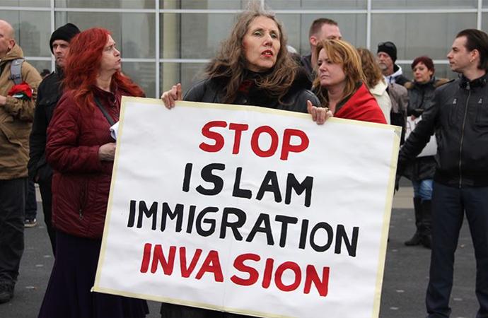 'Soğuk Savaşın ardından İslam dünyası tekrar hedef tahtasına konuldu'