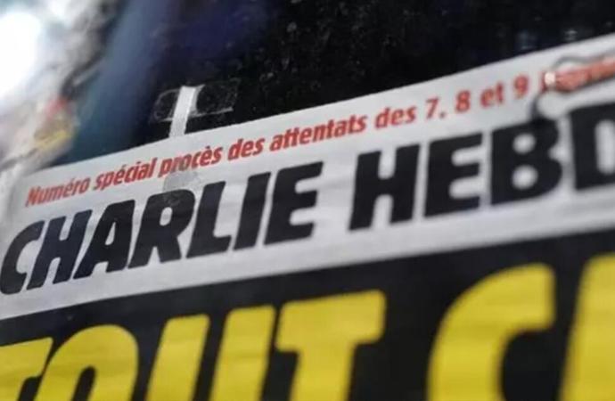Belçika'da bir öğretmen Charlie Hebdo karikatürünü sınıfta gösterdi