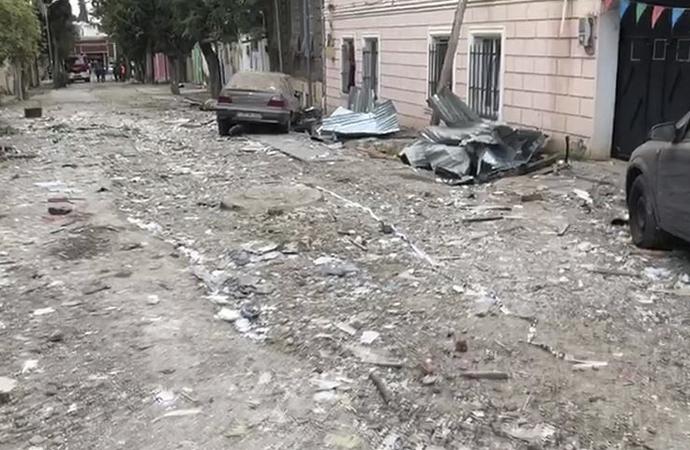 Ermenistan Azerbaycan'ın Gence şehrine saldırdı