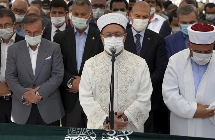 Nur Vakfı başkanı Fırıncı'nın cenazesine siyasi ilgi