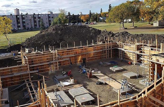 Kanada Edmonton'da yaşayan Türkler, Blue Mosque ismiyle bir cami inşa ediyor